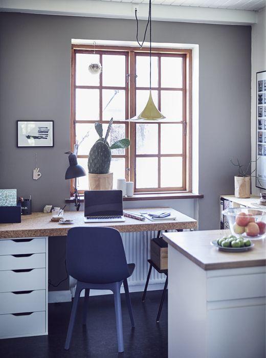 IKEA Deutschland Ein minimalistischer Heimarbeitsplatz, u a mit