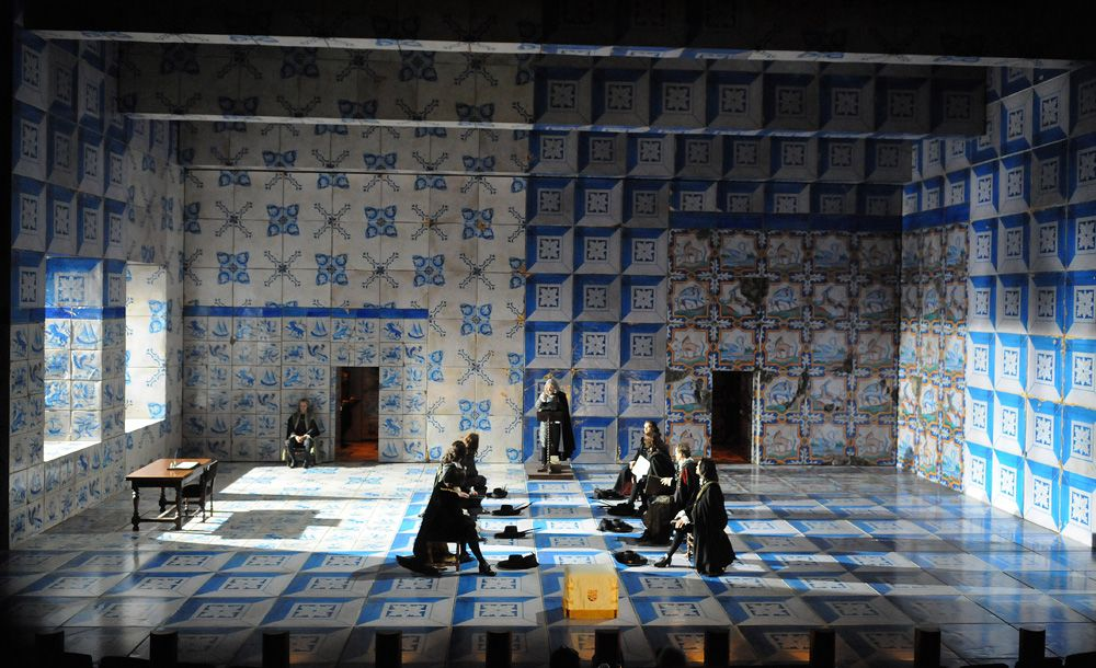Ruy Blas. Theatre National Populaire. Set design by Rudy Sabounghi.