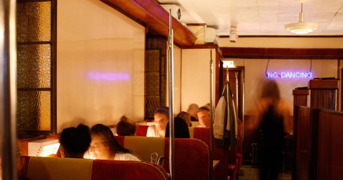 New York S Most Romantic Restaurants According To 33 Chefs Romantic Restaurant Nyc Restaurants Restaurant