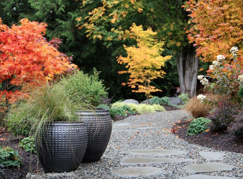 Inexpensive Landscaping Ideas to Beautify Your Yard - http://freshome.com/