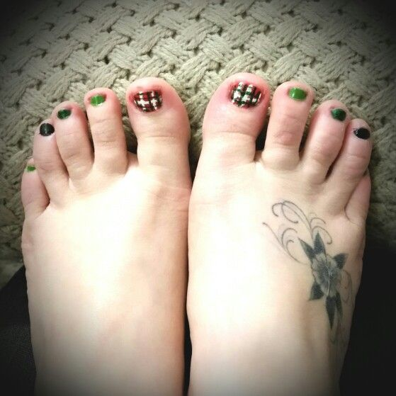 My St. Patrick's toes this year!