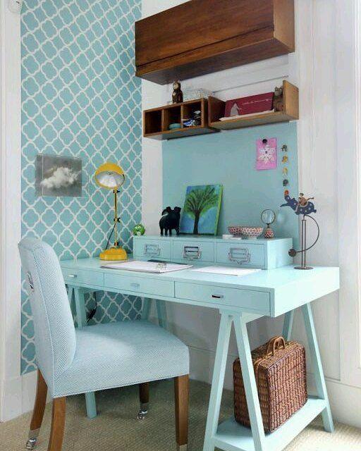 On instagram by imovelweb #homedesign #contratahotel (o) http://ift.tt/1KN4zZp de #home office simples #funcional e ao mesmo tempo aconchegante. Gostaram?