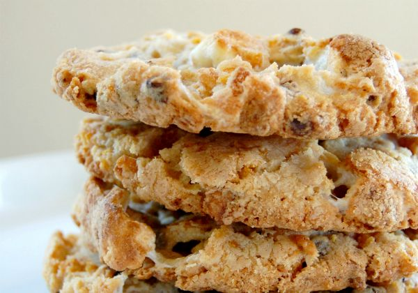 momofuku cornflake choco chip marshmallow cookie