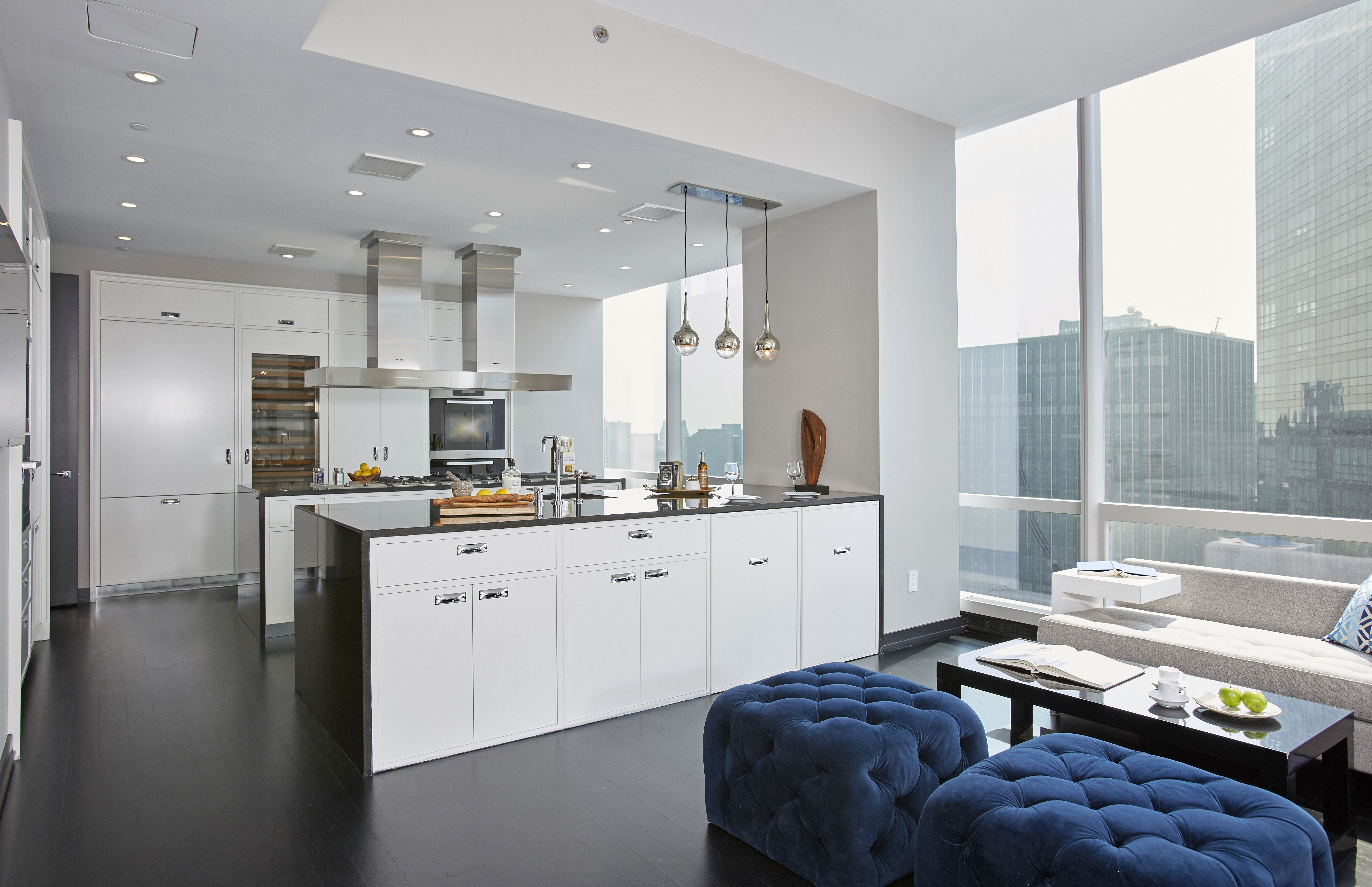 You Could Own a Midtown Manhattan Apartment with Sweeping Central