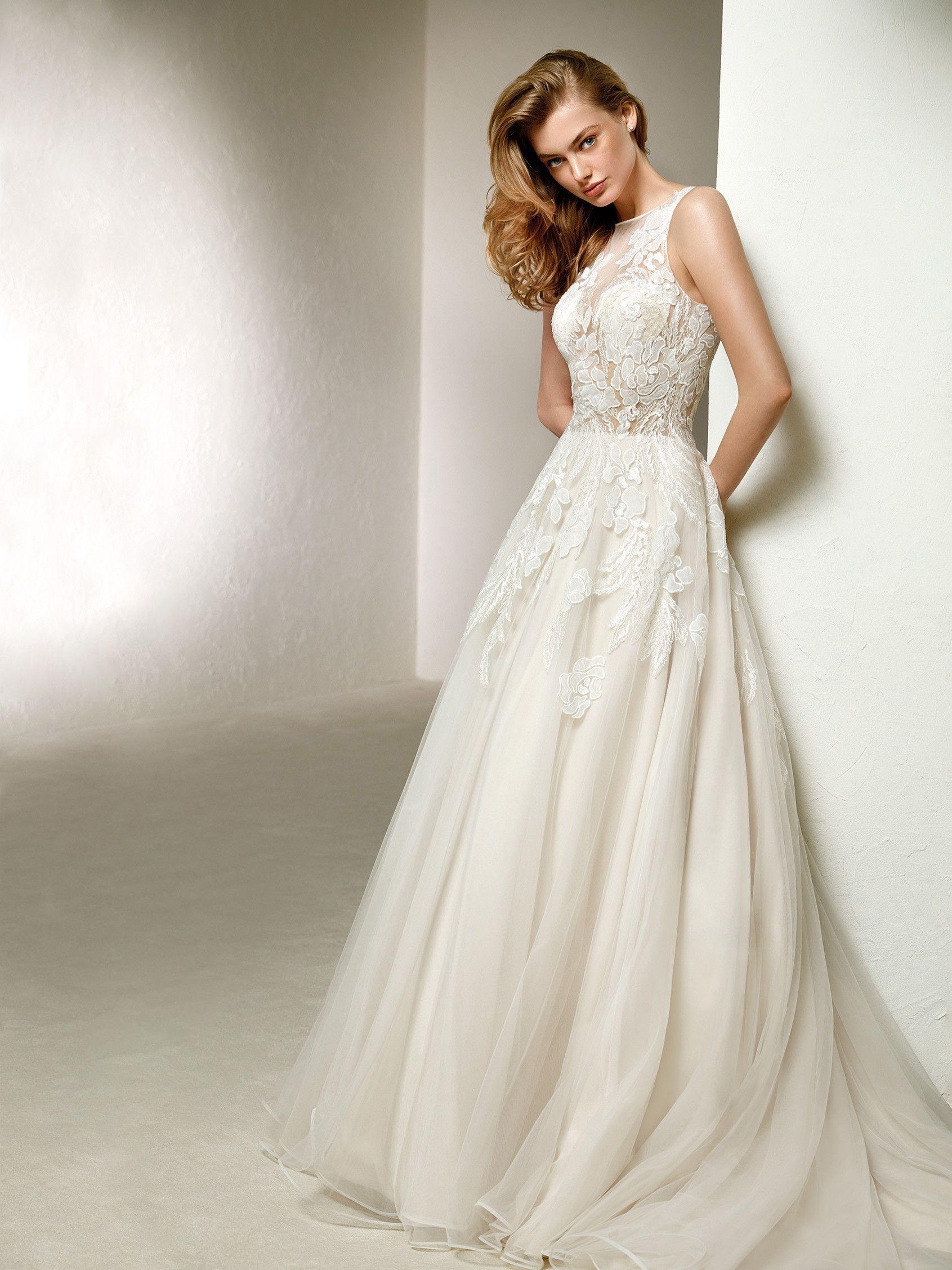 DOLA Off White/Beige Size 8 | Pronovias | Pinterest | Wedding dress ...