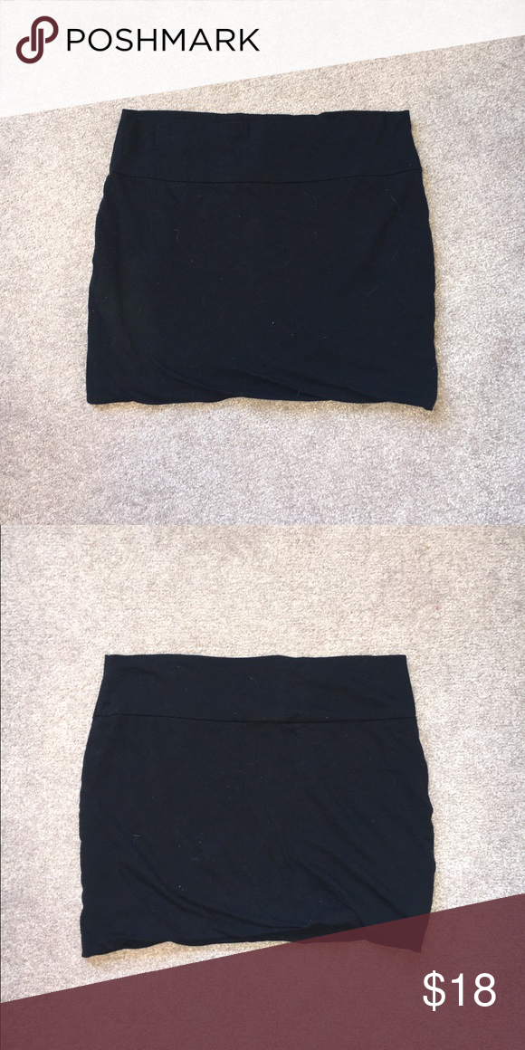 Black mini skirt. Black stretch mini skirt. Size large. From delias. In great condition. Skirts Mini