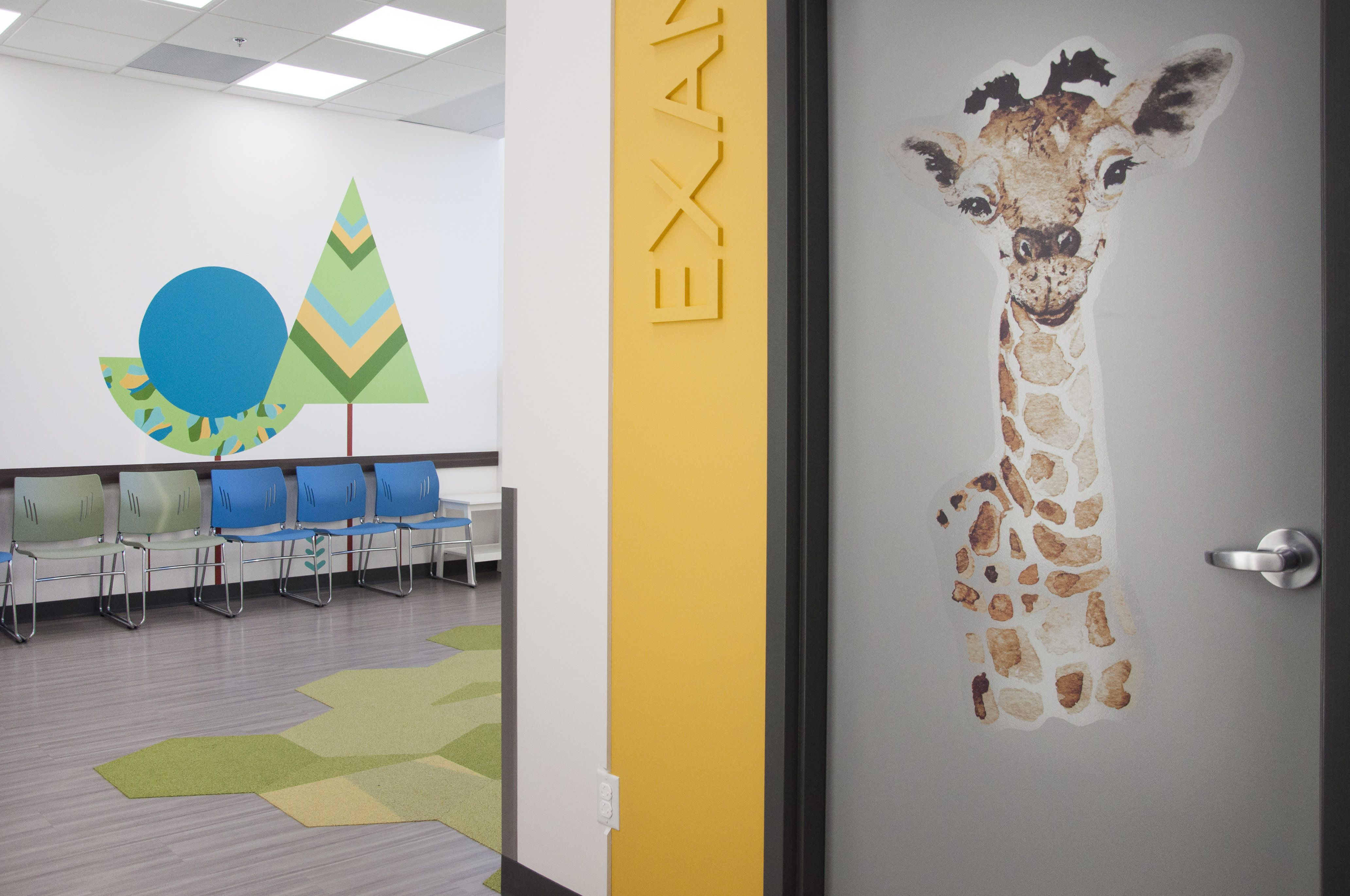 Glenora Pediatric Clinic In 2020 Clinic Design Pediatrics Design