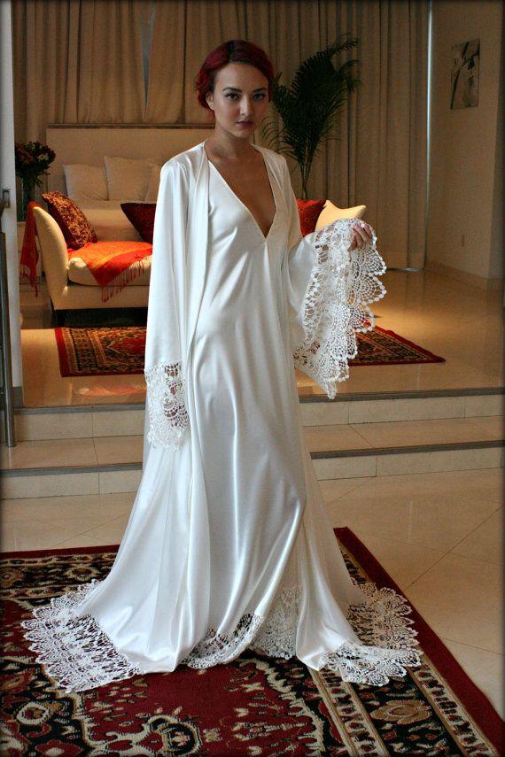 Satin bridal robe wedding trousseau sleepwear venise lace for Wedding dress under garments