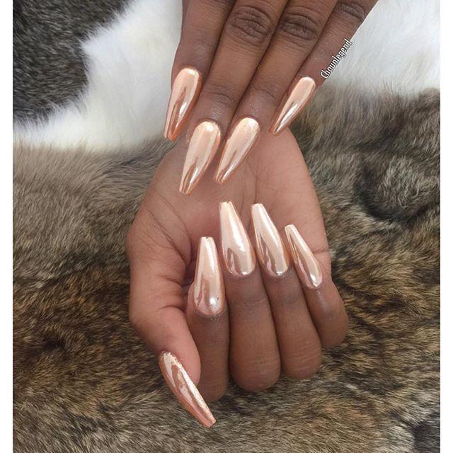 Instagram Photo By Chaun P Jul 22 2016 At 2 31pm Utc Gold Nails Chrome Nails Metallic Nails
