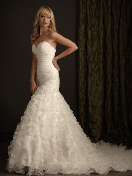 Pin by Martha Hernandez. on Vestidos | Pinterest | Wedding dress and ...