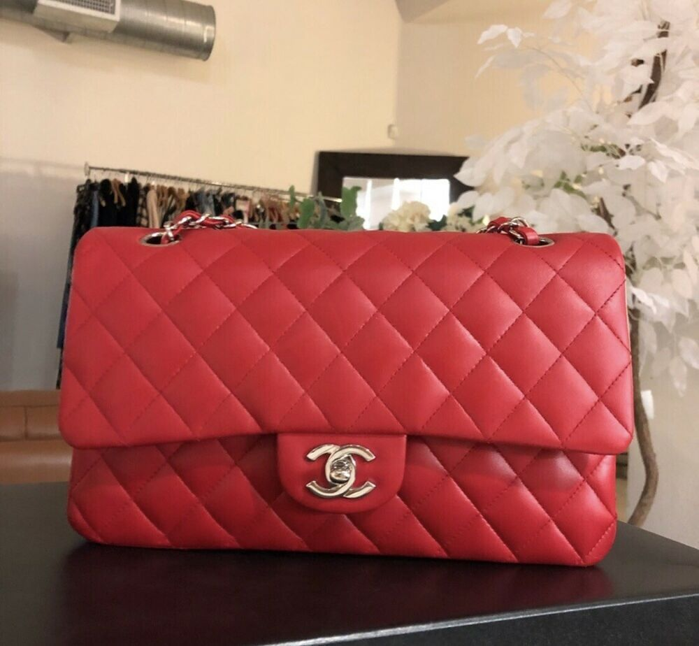 c97cd6a627f747 Stunning 100% Auth CHANEL Classic M/L Red Lambskin SHW Double Flap 2.55