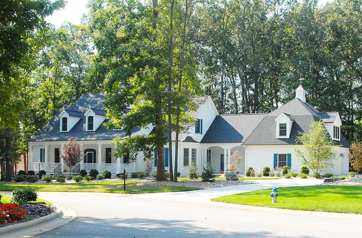 Plan 32467wp Country Home Plan With Sunroom Country Style House Plans Country House Plans Southern House Plans