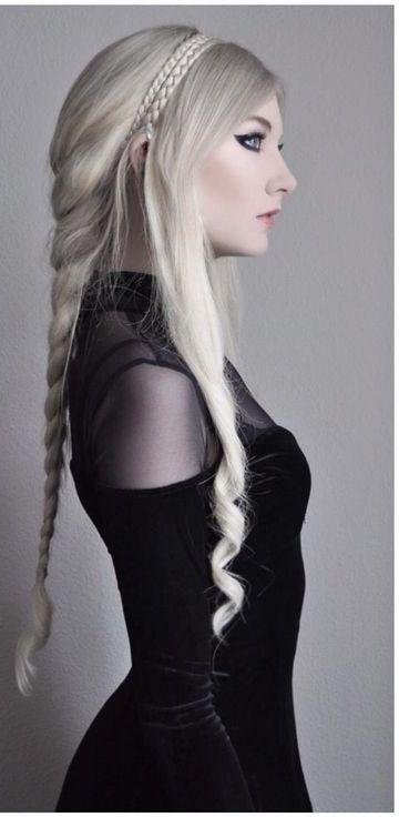 Todo sobre los peinados goticos y sus diferentes estilos   Los Peinados