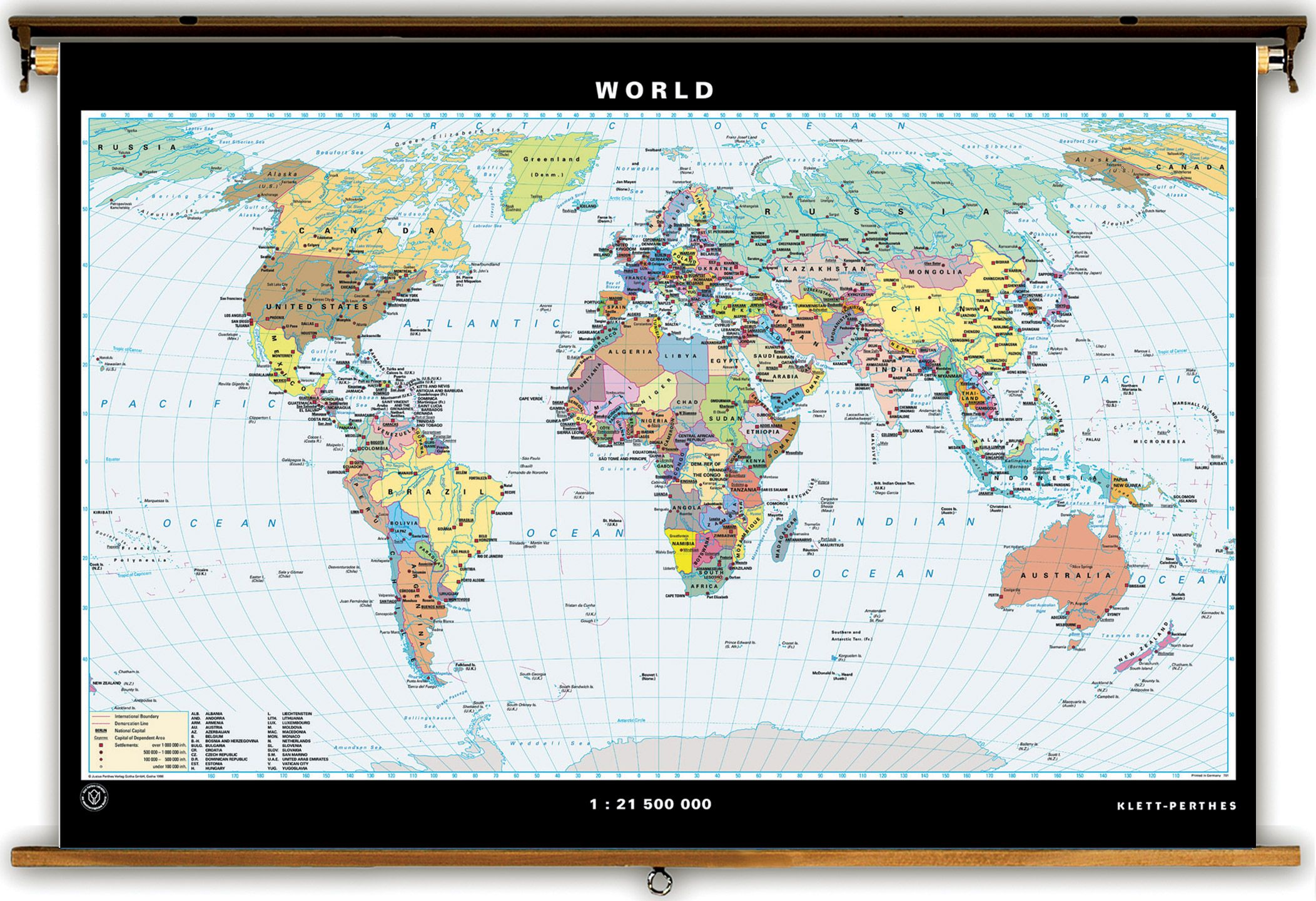 Klett perthes political united states world map spring roller klett perthes political united states world map spring roller combo set gumiabroncs Gallery