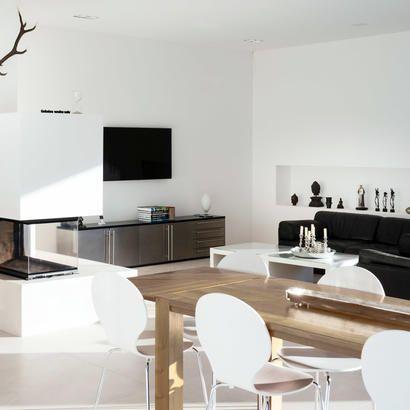 Wohnen und Essen mit Panoramakamin
