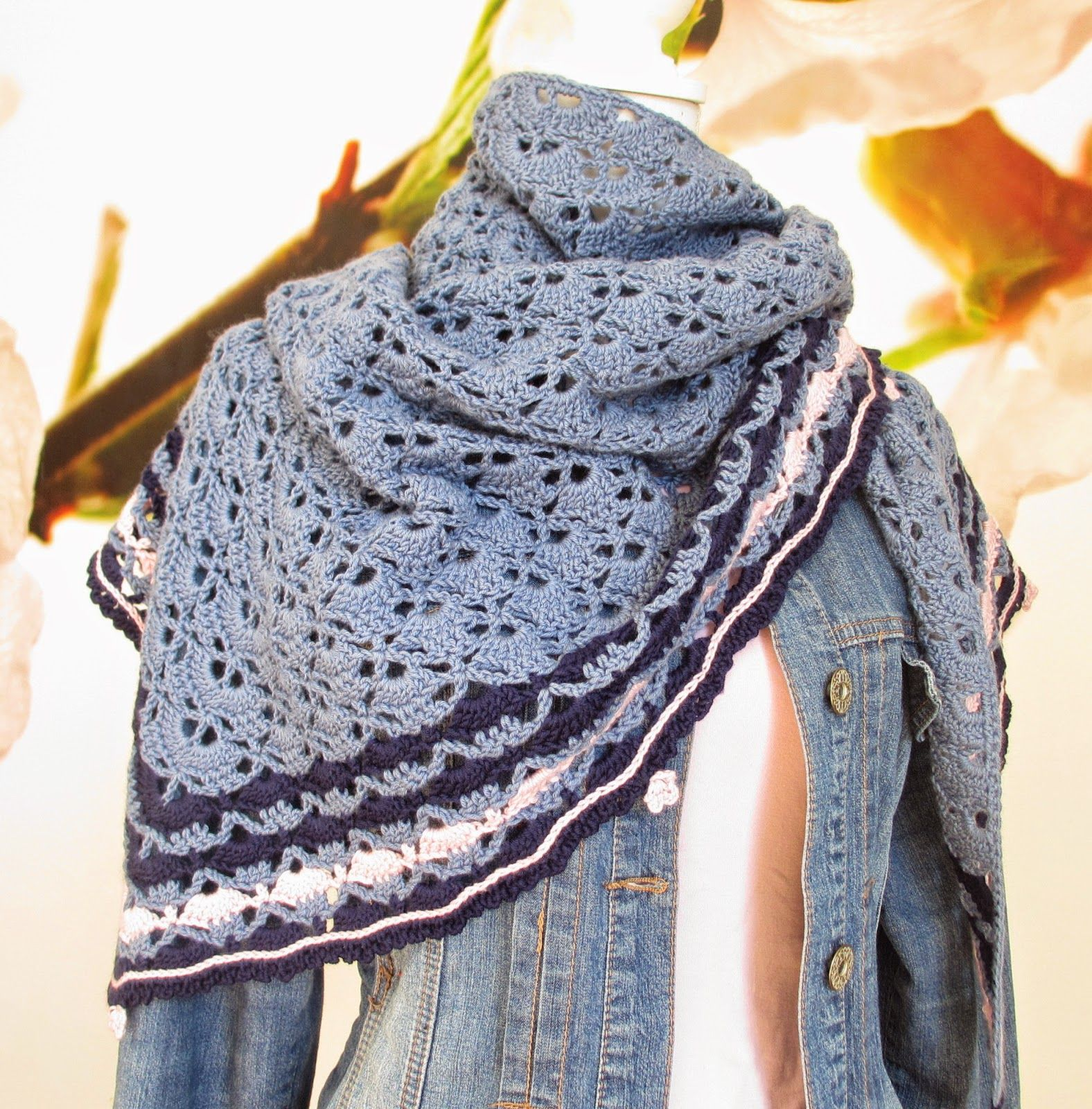 Crochet shawl / wrap with link to free pattern | Schal ...