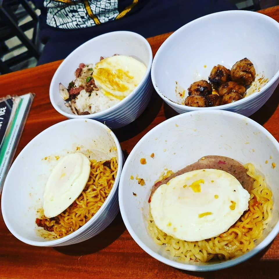 New The 10 Best Food With Pictures Yooo Brader Makan Malam Yang Sulit Di Hindarkan Indomie Warunk Upnormal Makanbareng Makanenakgakh Food Breakfast
