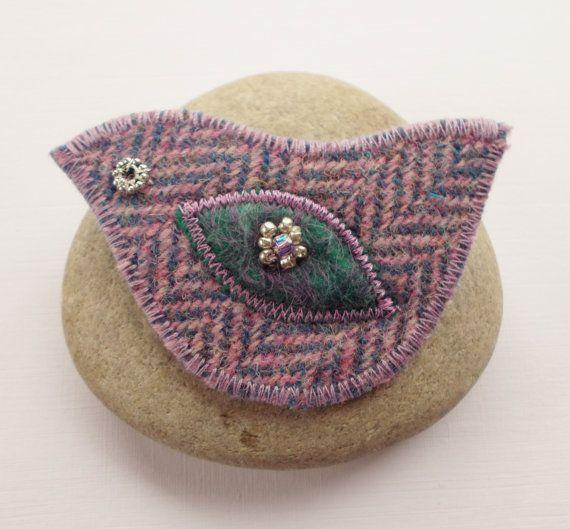 Harris Tweed Bird Brooch Pin Lilac Herring Bone