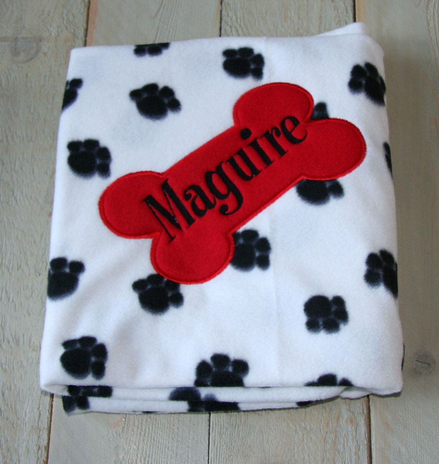 Personalized Pet Blanket Dog Blanket Fleece Custom Embroidered Dog Blanket  with Dog Name Made to order