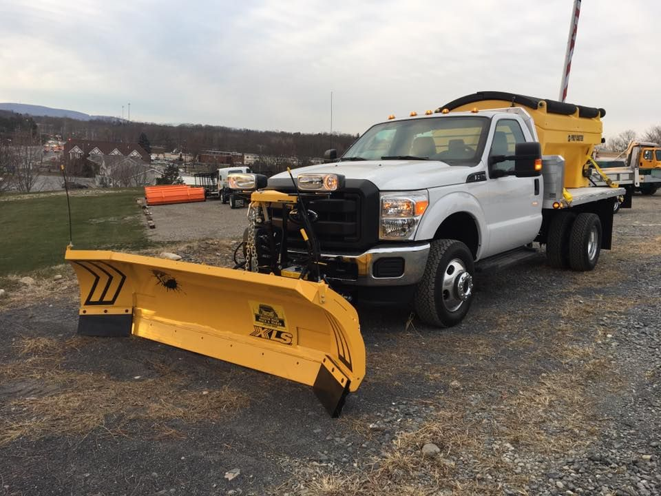 Thank You I L O For Have Us Upfit Your New Ford With A Fisher Xls Snowplow Poly Sander Duramag Aluminum Flatbed Snow Plow Plow Truck Snow Blower