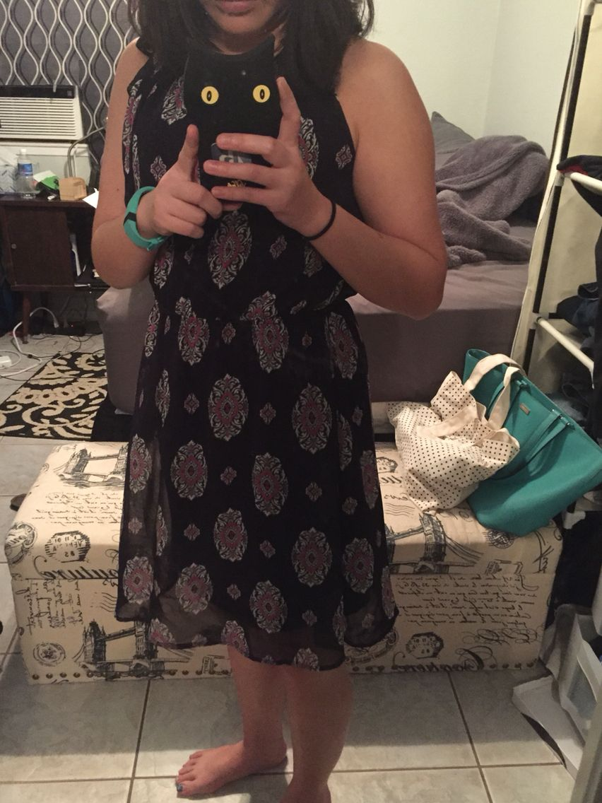 Stitch Fix #2: Fatima Dress. U have found what to wear to my friend's wedding! Comfy yet elegant enough for a daytime outdoor event. Also love the adjustable strap at the top!
