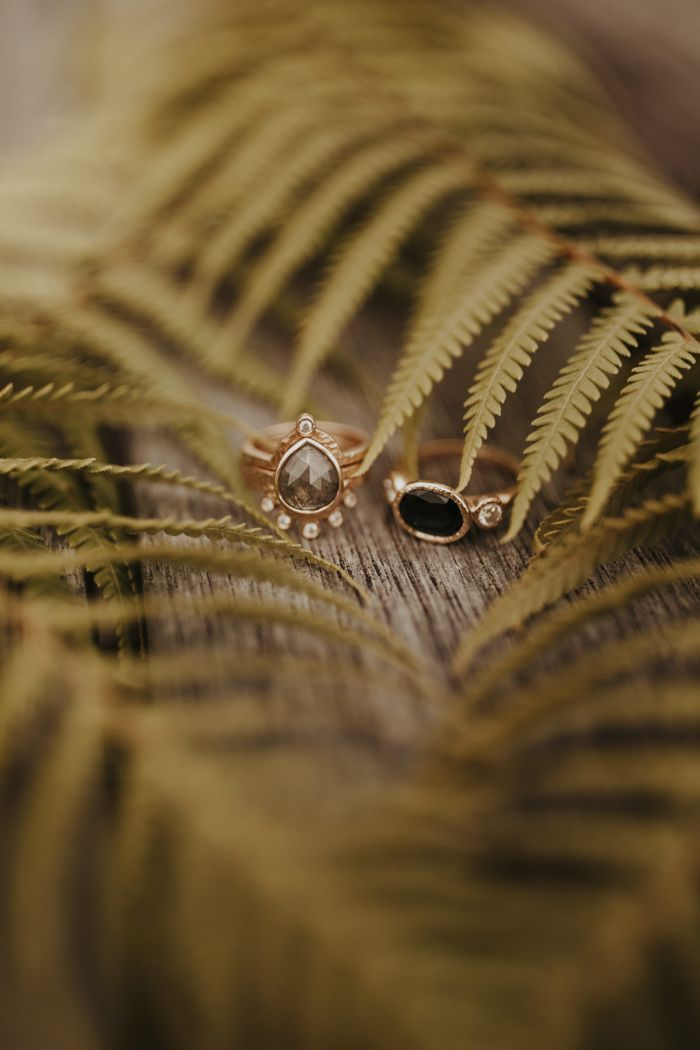 This Wild and Free New Zealand Elopement was Both Epic and Emotional | Junebug Weddings – J.