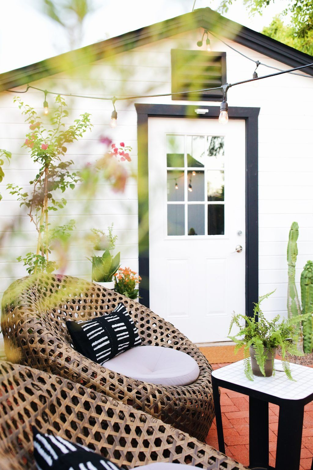 Our Montauk Nest Chairs Seen In New Darlingsu0027 Patio Reveal!