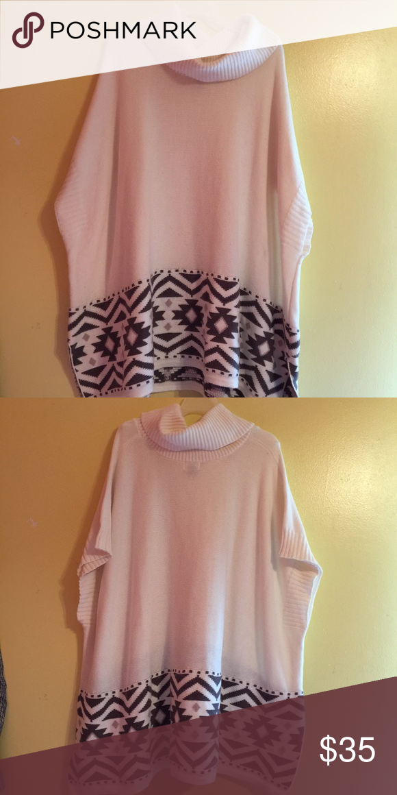 ***SALE*** Turtleneck Poncho This is perfect for cooler weather! It's so cute and very comfortable! It's in great condition! Old Navy Sweaters Shrugs & Ponchos