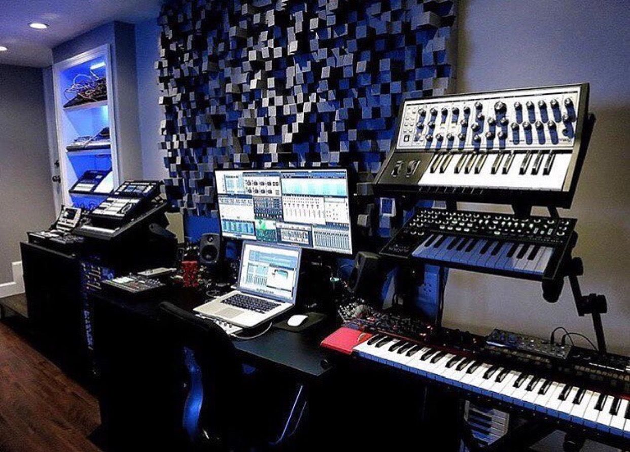 Pin von Mean Gene auf COOL RECORDING STUDIO SETUPS | Pinterest