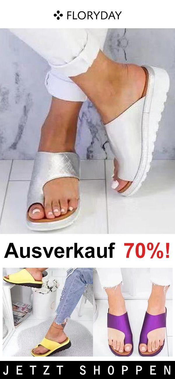 Photo of Damen Slippers mit Zehenring und Keilabsatz