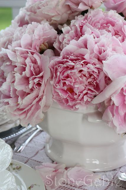 Beautiful Paeony Centerpiece Pink Peonies Peonies Delivery Peonies