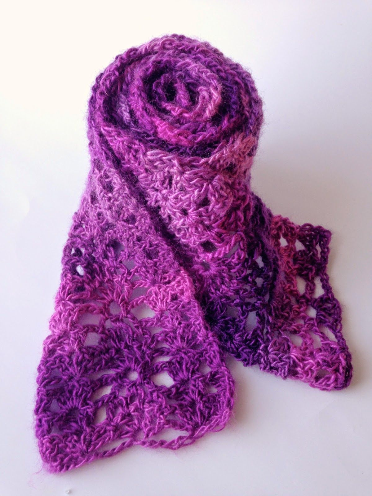 Berry Scarf- free crochet pattern | Crafts | Pinterest | Modelado ...