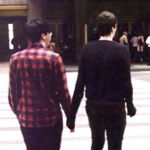 THEYRE HOLDING HANDS