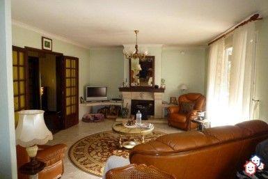 Faites un achat immobilier entre particuliers en Saône-et-Loire avec cette villa de Mellecey. http://www.partenaire-europeen.fr/Annonces-Immobilieres/France/Bourgogne/Saone-et-Loire/Vente-Maison-Villa-F5-MELLECEY-1508374 #maison