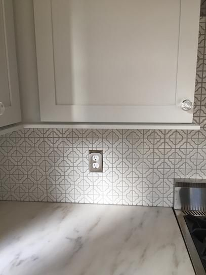 Merola Tile Palace White 11 3 4 In X 11 3 4 In X 5 Mm Porcelain Mosaic Tile Fxlpalw The Home Depot In 2020 Porcelain Mosaic Tile Porcelain Mosaic Merola Tile