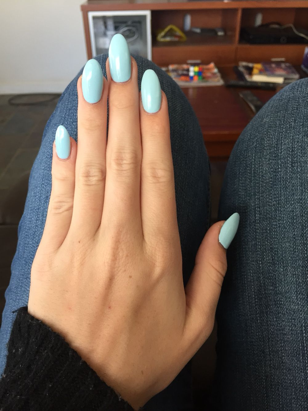 New Nails Almond Shape With Baby Blue Shellac Blue Shellac Nails Almond Shape Nails Oval Nails Designs