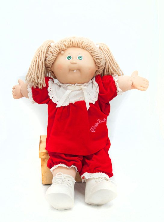 Cabbage Patch Kids Doll 1985 Red Velvet Outfit By Bakerstreetfinds 20 00 Cabbage Patch Kids Cabbage Patch Kids Dolls Velvet Clothes