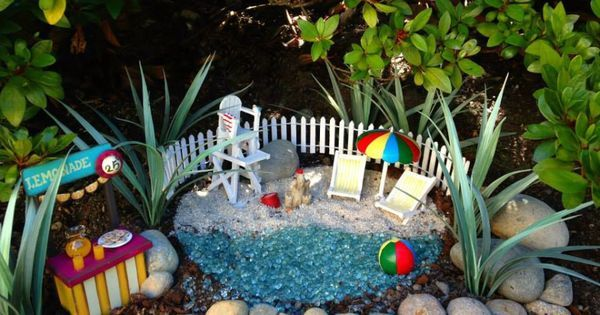 Fairy Garden Beach, Fairy Garden Ideas, Theme Fairy Garden | Succulent  Displays | Pinterest