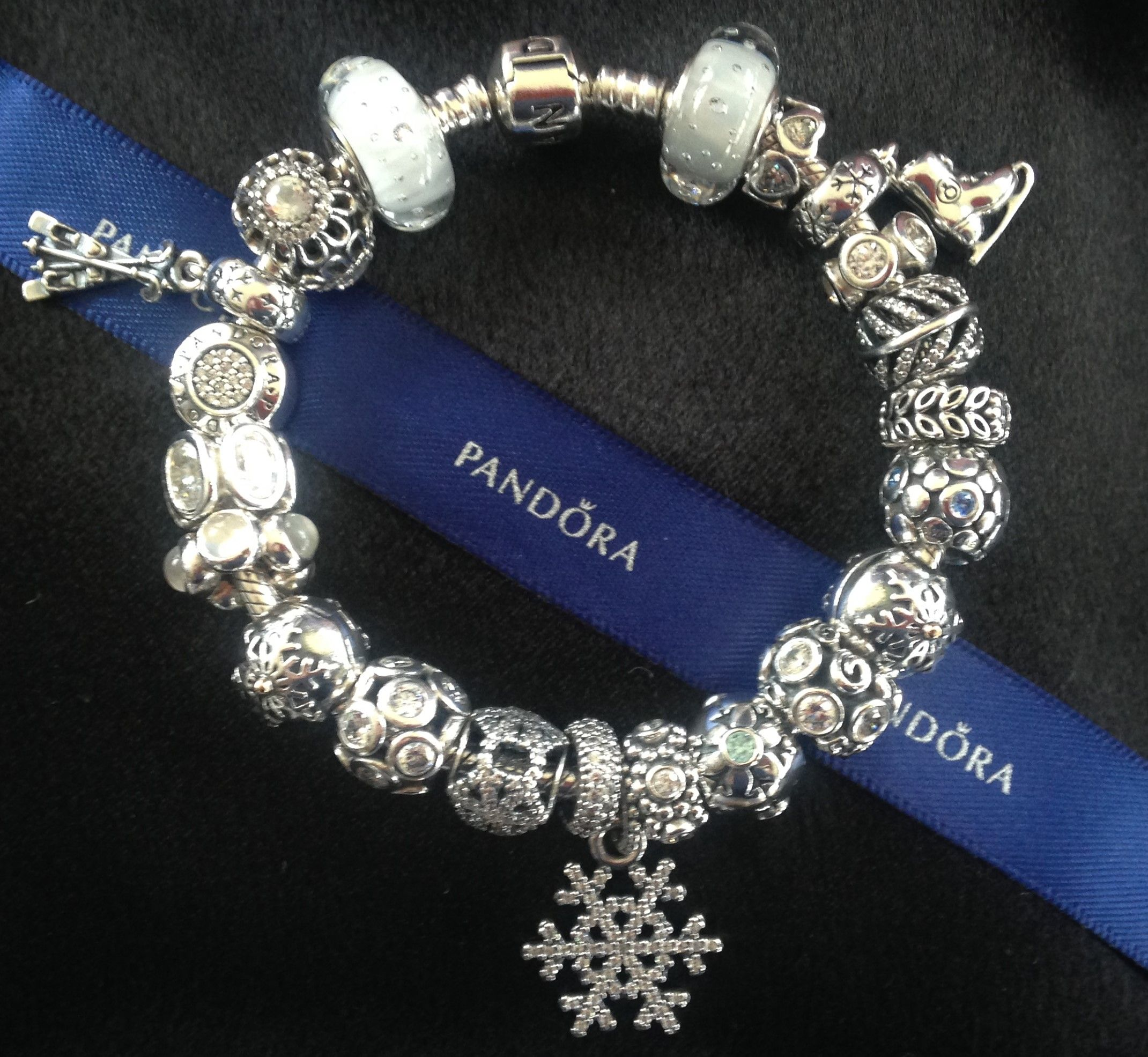 Pandora White Winter 2014-2015 Snowflakes