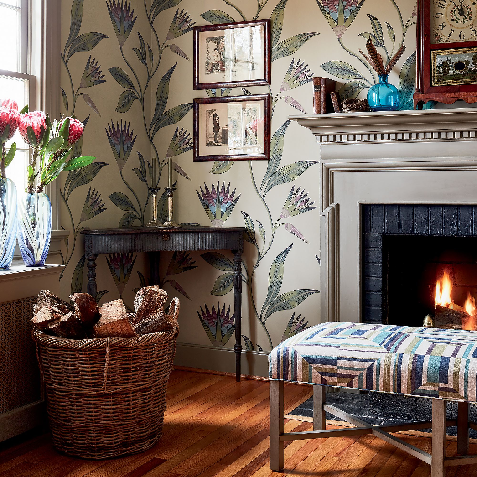 Cleo Vine from Savoy Collection Living room style