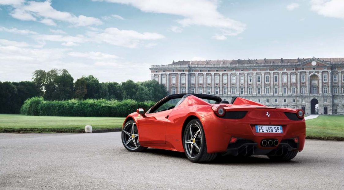 Ferrari 458 Spider Side View