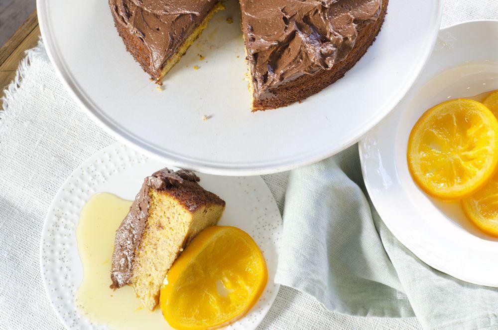 appelsinkake med sjokoladeglasur erstatt sukker og brunt sukker med sukrin sukker og brunt sukrin sukker.  erstatt litt av kremosten med avokadokrem?