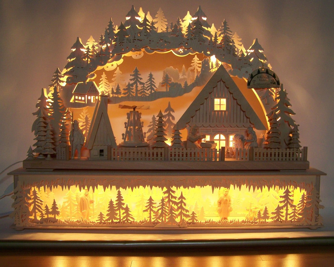 a beautiful traditional german christmas decoration woodworking tradition the schwibbogen