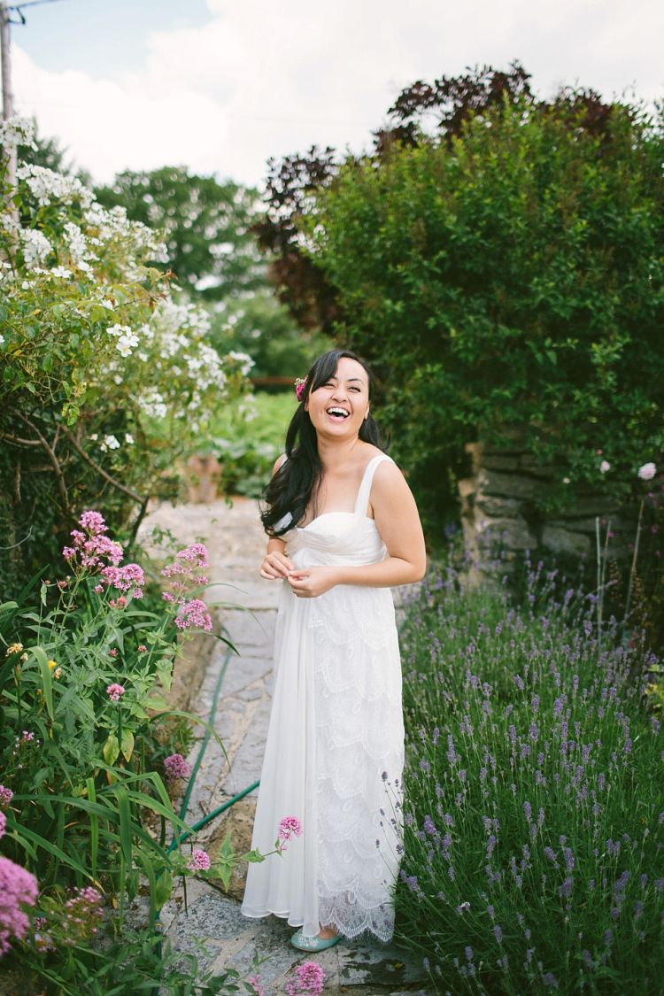 A Laid Back and Relaxed, Rustic Barn Wedding in Dorset ...