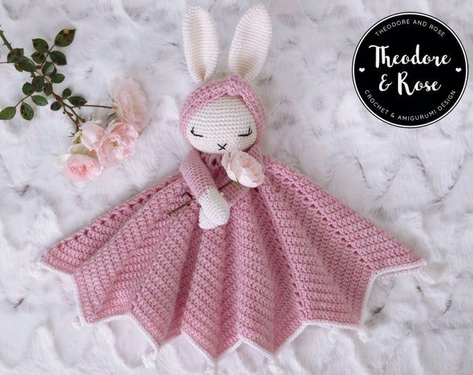 Wee Mouse Lovey CROCHET PATTERN instant download – blankey, blankie, security blanket