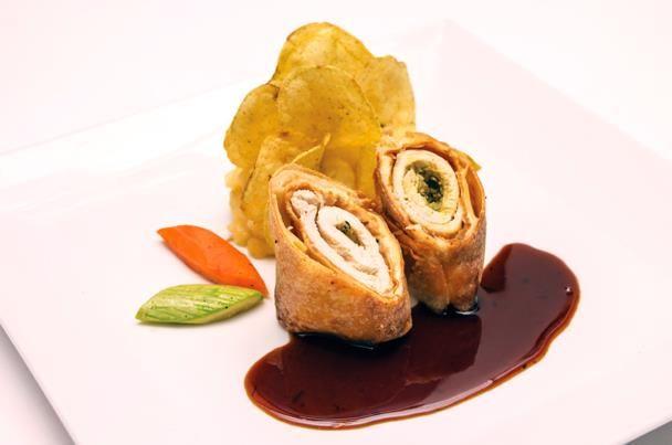 سبرنج رول الدجاج بالصويا صوص وعين الجمل Food Breakfast French Toast