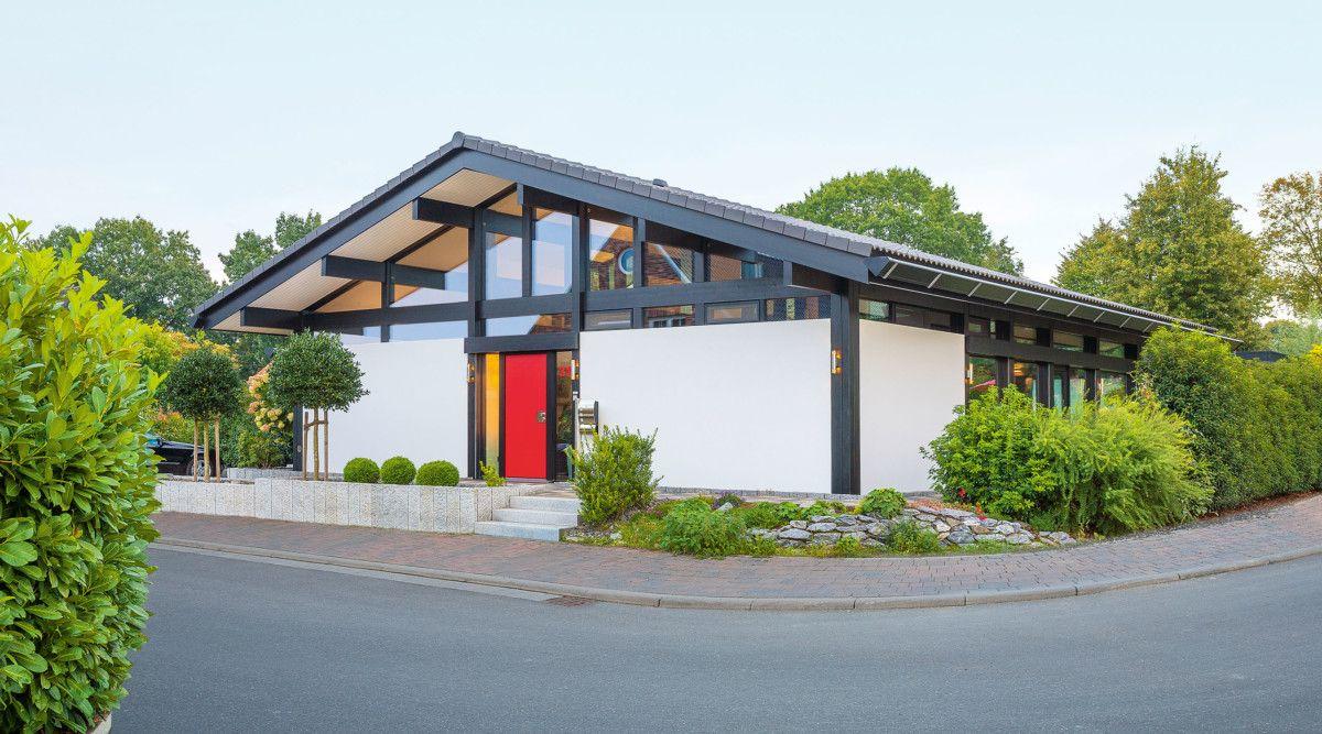 Modernes Fachwerkhaus mit Satteldach HUF Haus ART 5