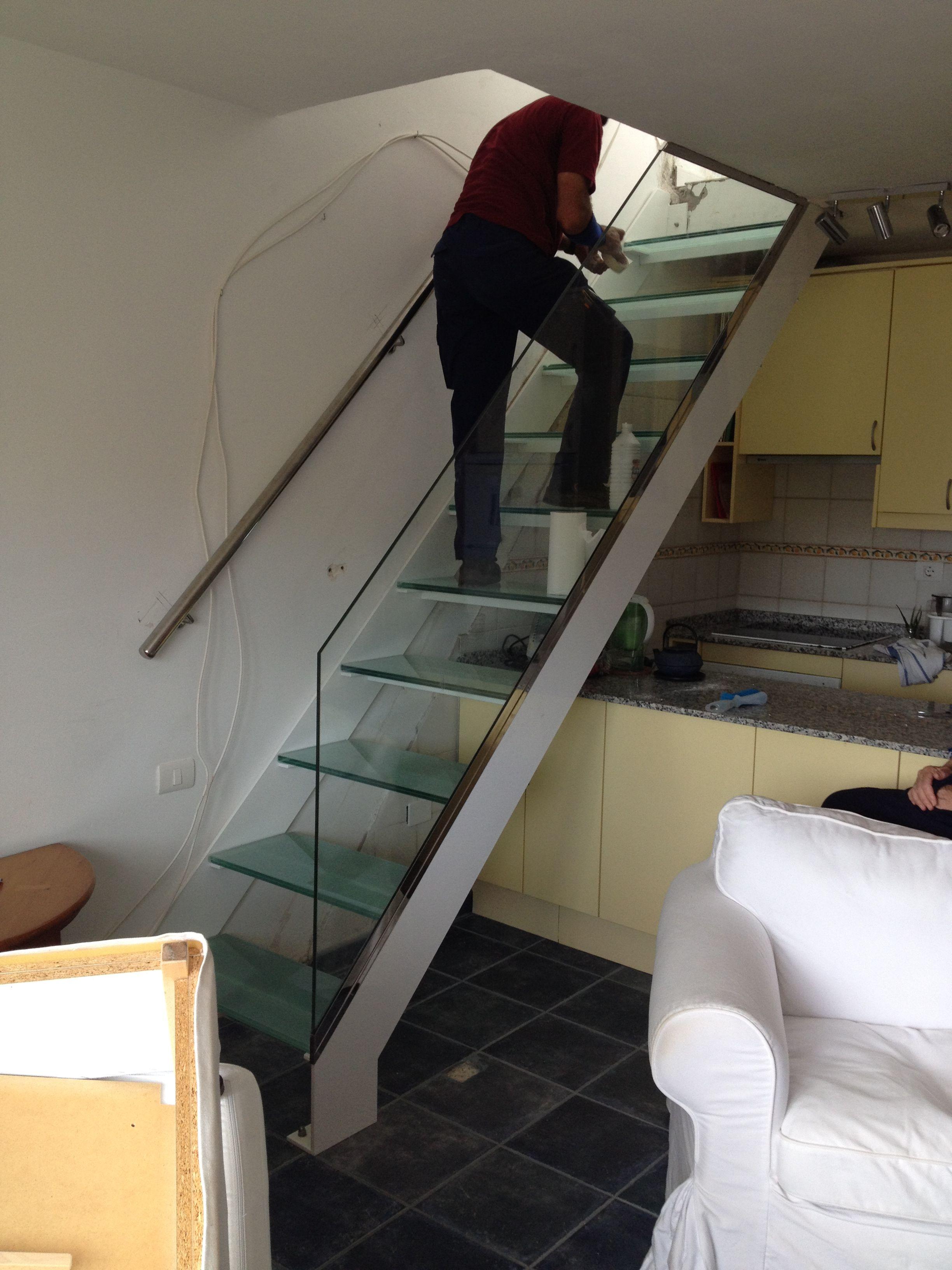 Escalera Cristal Good Volver With Escalera Cristal Escalera De  ~ Barandillas De Cristal Para Escaleras Interiores