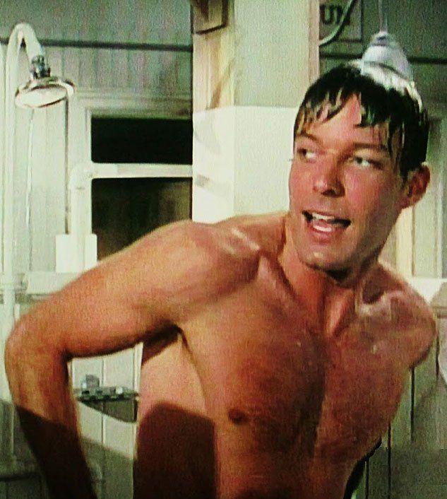 Straight men shower