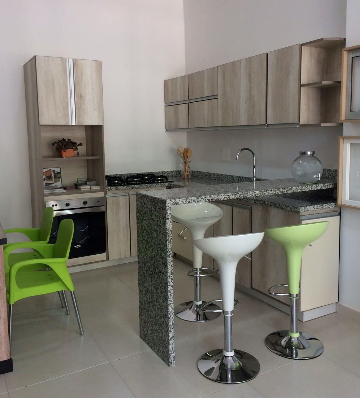 Showroom cozzina colombia melamina vesto granity inst - Muebles de cocina pequenos ...